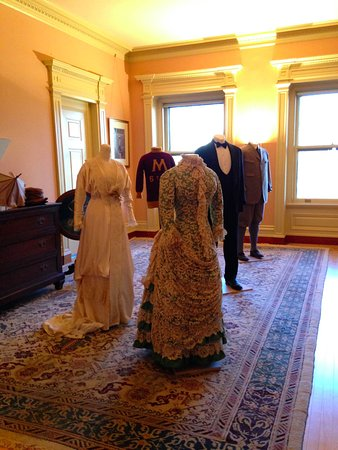 James J Hill House: Beautiful attire