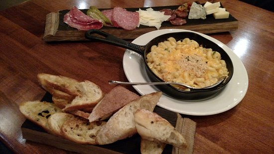 Mimosa Grill: Charcuterie, Cheeses, & Lobster Mac