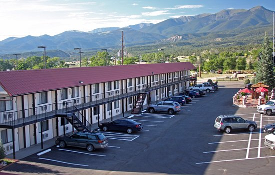 Gateway Inn & Suites Salida Photo