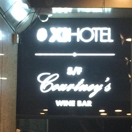 Xi Hotel: photo0.jpg