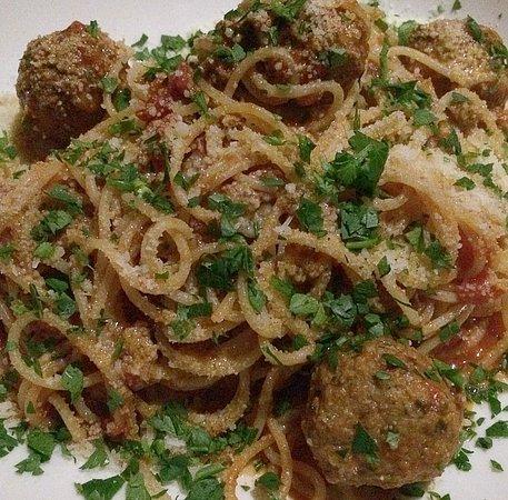 Guildford, أستراليا: Meatballs and spaghetti