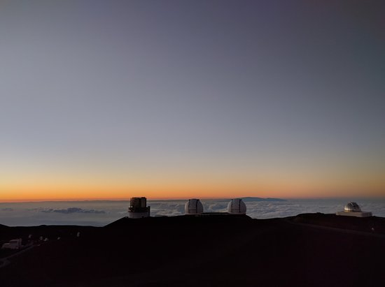Mauna Kea Summit Adventures: Just after sunset