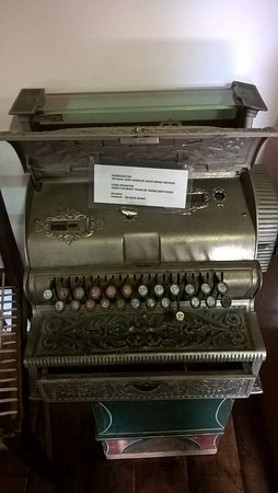 Montagu Museum: Typewriter from the inception of Montagu...such history here