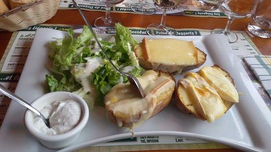 Choisey, Prancis: La triplette du fromager