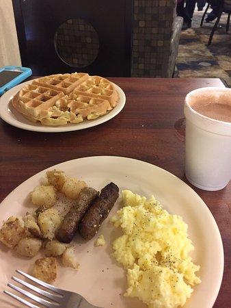 Clarion Inn Dollywood Area: Breakfast