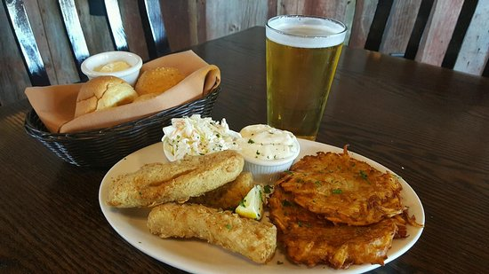 Fort Atkinson, WI: Brocks Riverwalk Tavern & Grill