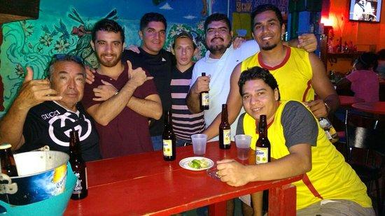 IGUANA'S Bar Zihuatanejo