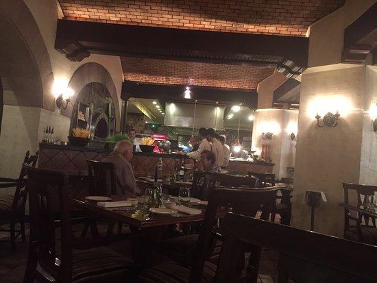La Pizzeria: Open clean kitchen