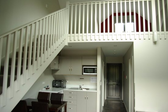 Hanmer Apartments : Stairs up to Mezzanine bedrrom