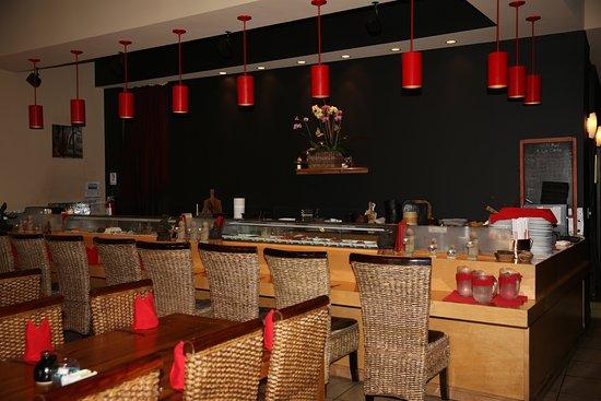 Βόρειο Μαϊάμι, Φλόριντα: North MIAMI Beach. Restaurant Oishi Thai. Sushi Bar