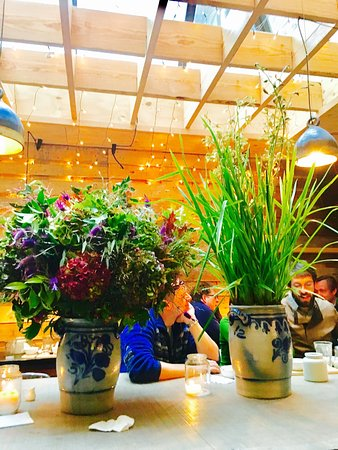 henri agnes no reservations allowed cosy place for organic food lovers great