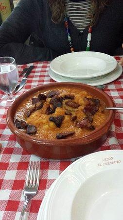 Aldeadavila de la Ribera, İspanya: Patatas revolconas para 2