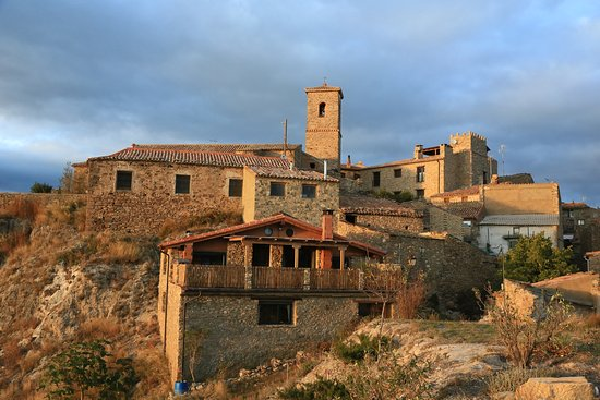 San Felices, Espagne : View from outlook of hotel and church