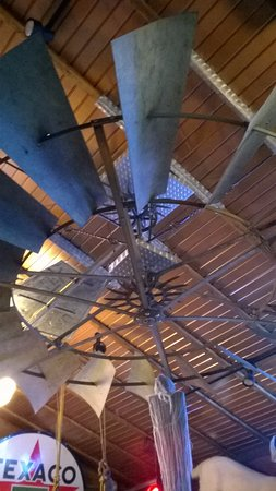 Alma, WI: doesn't everyone put a windmill on the ceiling?