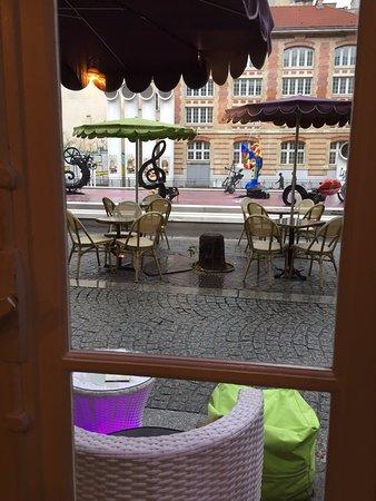 Restaurant le jardin de the dans paris avec cuisine for Restaurant avec jardin a paris