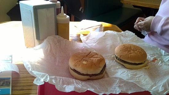 Mighty Mac Hamburgers: Our Burgers