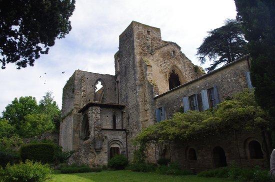 Saint-Martin-le-Vieil, Frankrijk: ensemble de l'abbaye