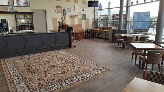 Fred And Harrys Coffee House Vlaardingen Restaurant Reviews - Fred's floor tile