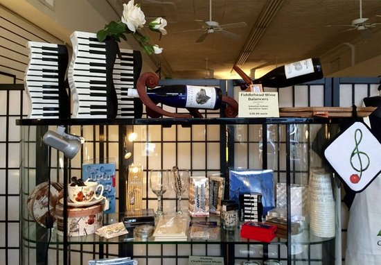 Staunton, VA: Musically-themed gifts for the kitchen....