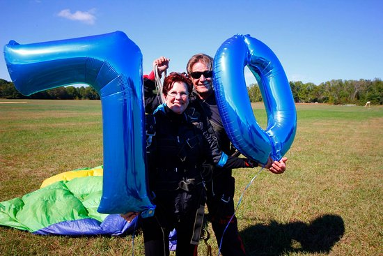 "Williamstown, Nueva Jersey: ""I've been wanting to skydive for 30 years, so for my 70th birthday, I thought, now is the time!"