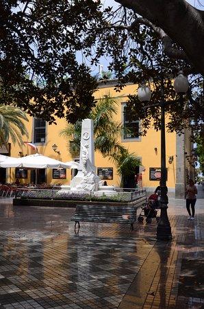 Plaza Hurtado de Mendoza