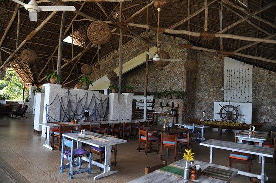 Mafia Island Lodge: Intérieur, salle à manger