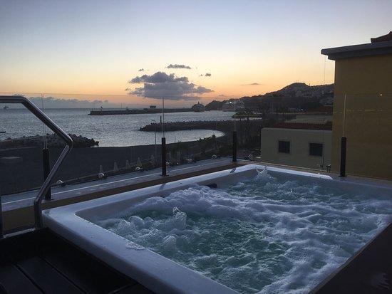 Porto Santa Maria Hotel: Tagterrasse på 3 sal