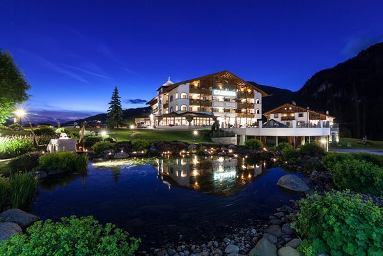 Granvara Relais & Spa Hotel: Magic Summer Dolomites
