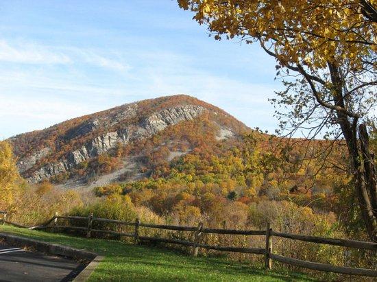 Warren, نيو جيرسي: The mountain