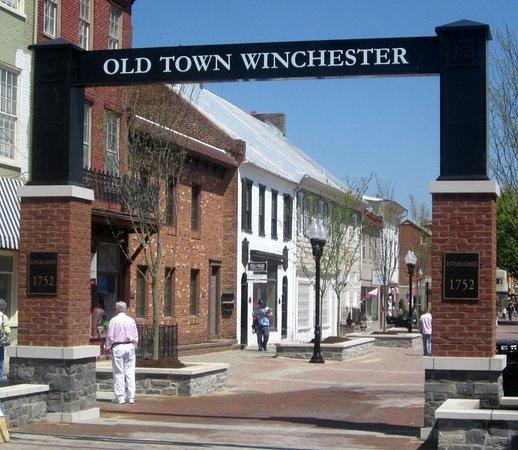 Old Town لوحة