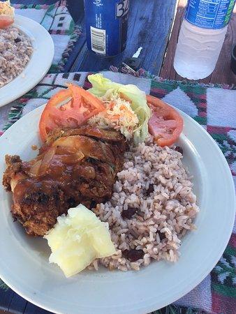 Seaside Paradise Restaurant: photo0.jpg