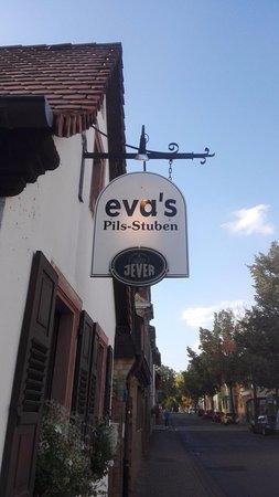 Eva's Pilsstuben