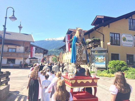 Uderns, Austria: dörfliches brauchtum