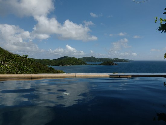 House of Open Arms : View from the pool.