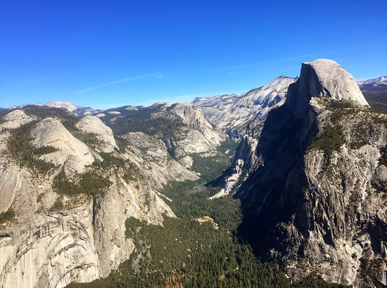 Panorama Trail : Half Dome from Glacier Point