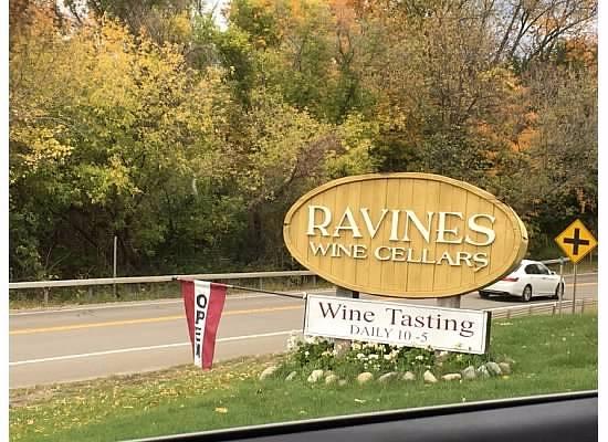 Hammondsport, NY: Ravines Wine Cellars