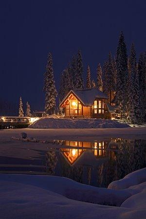 Cilantro on the Lake at Emerald Lake Lodge