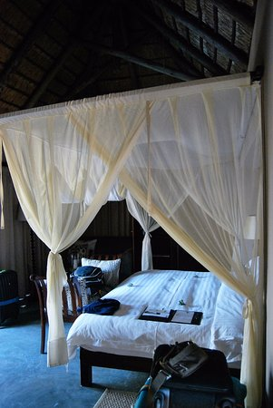 Imbali Safari Lodge: letto