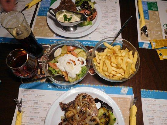 Petit restaurant Bistro city corner : Our meals