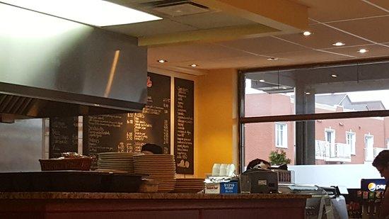 Burger de ville a anjou montreal restaurant reviews - Piscine interieure anjou montreal lille ...