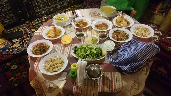 Homeros Pension & Guesthouse: Our evening meal