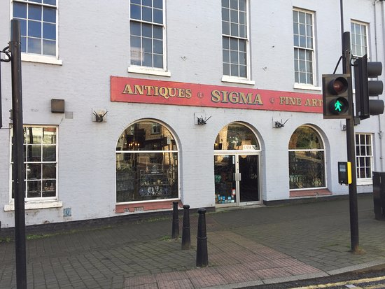 Ripon, UK: Sigma Antiques
