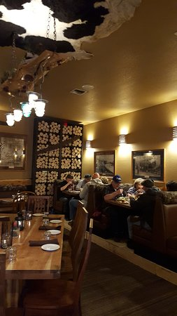Prineville, OR: Interior - main dining room