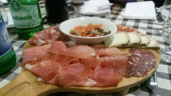 Albanella, Italia: La Taverna del Brigante