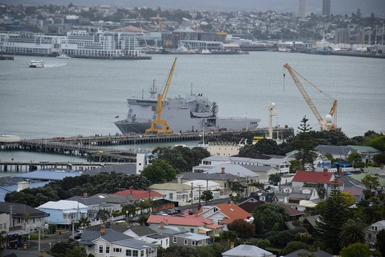 Mount Victoria Reserve: Devonport Naval Base at the bottom of Mount Victoria
