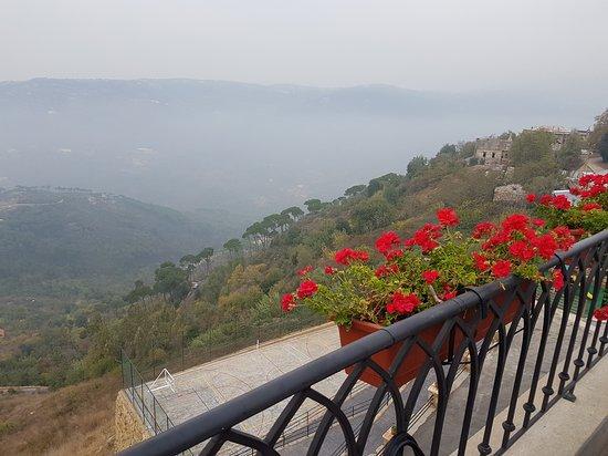 Bhamdoun, Líbano: 20161113_152323_large.jpg