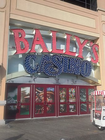 ballys wild west casino bar