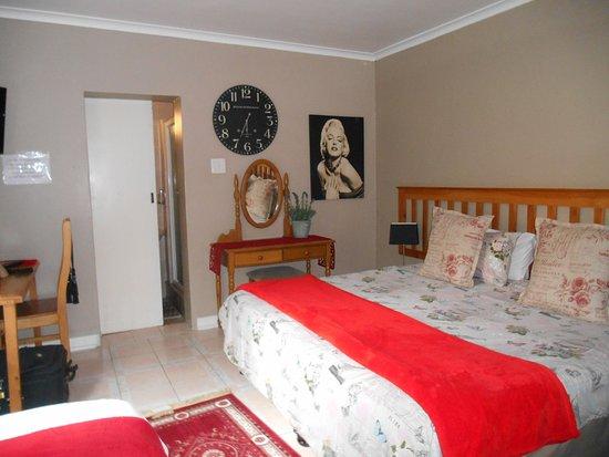 Glenview Hotel Family Room
