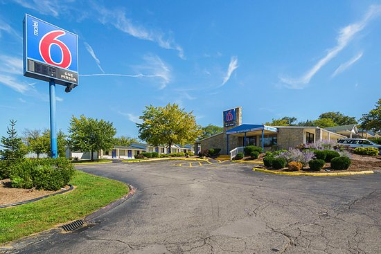 Hotels Close To Indiana University Bloomington