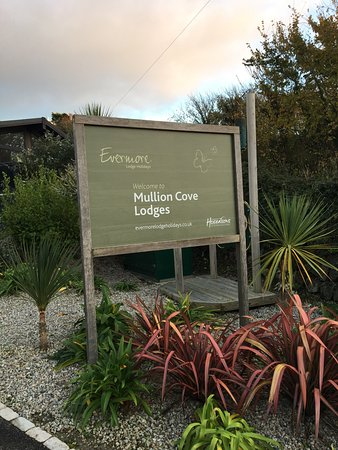 Mullion Cove Lodge Park